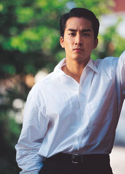 ngoai-hinh-dien-trai-gay-sot-cua-song-seung-hun-hon-20-nam-truoc-9