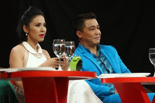 Tập một game show Cặp đôi hài hước phát sóng tối 8/2. Nữ diễn viên Việt Trinh (trái) và tài tử Lý Hùng