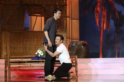 Cặp thí sinh Võ Minh Lâm (trái)