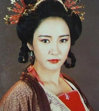 hoang-ky-doanh-dong-mong-co-9
