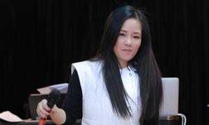 Hồng Nhung tập hát 'Tuổi đá buồn'