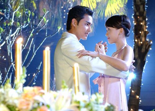 10-phim-than-tuong-xu-dai-gay-xao-xuyen-mot-thoi-page-2