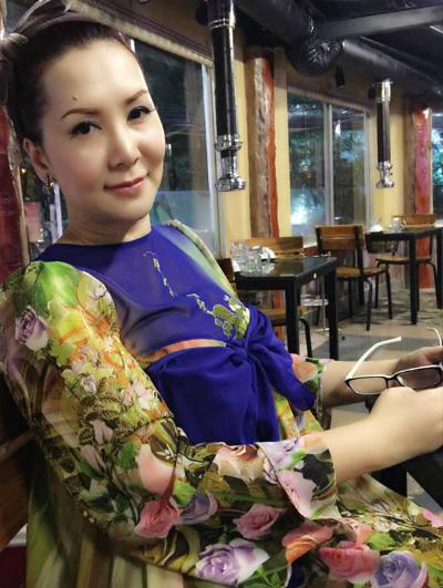 mong-van-gac-lai-su-nghiep-sau-scandal-bi-bat-tai-vu-truong-1