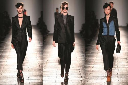 Theo Giám đốc sáng tạo Tomas Maier: Đó là một bóng hình bước ra từ những bản phác thảo, với đường bờ vai chuẩn xác như nét chì trên trang giấy. Các thiết kế dành cho nữ của Bottega Veneta hướng tâm điểm vào đường cầu vai mạnh mẽ, những vòng eo chiết nhỏ và bờ hông tròn, mang âm hưởng của phong cách thời trang thời tiền chiến những năm 1940.