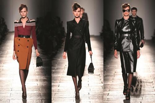Những món đồ như áo len tay bồng, thiết kế váy với hai hàng khuy, quần cưỡi ngựa tôn vòng 3 làm toát lên hình ảnh của một nữ anh hùng trong những thước phim cổ điển.