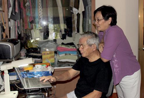 Nhà văn Nguyễn Quang Thân và vợ - nhà văn Dạ Ngân.