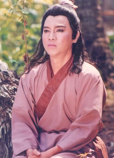 NSƯT Thanh Sang trong vai Trần Minh, vở Bên cầu dệt lụa. Ảnh: Thanh Hiệp.