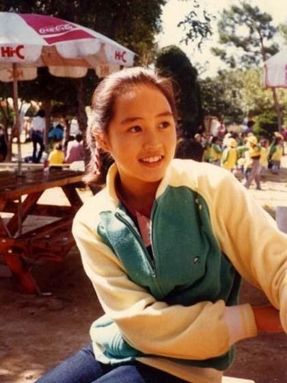 nhan-sac-thoi-tre-cua-nu-hoang-sexy-kim-hye-soo