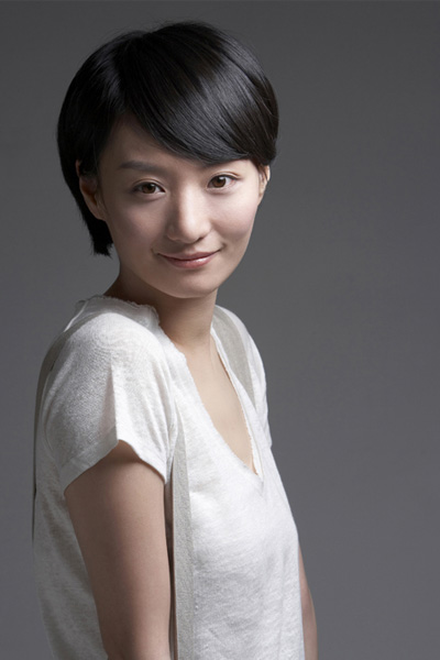 nhan-sac-diu-ngot-thanh-tao-thuo-trang-tron-cua-nu-hoang-sexy-kim-hye-soo-page-7