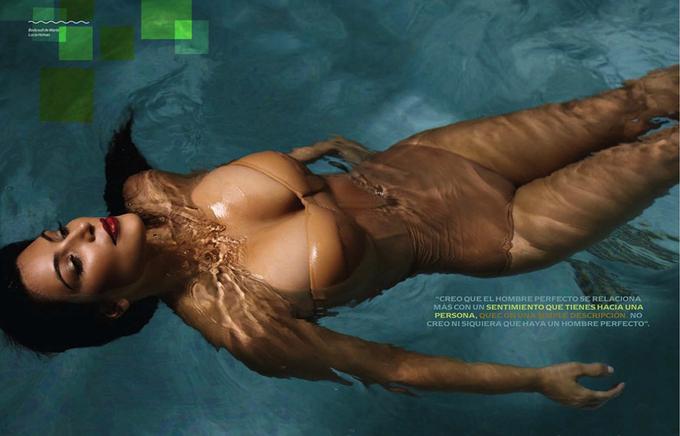 10 mỹ nhân có khuôn ngực đẹp nhất một thập kỷ qua