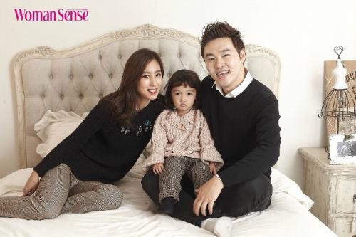 nhan-sac-diu-ngot-thanh-tao-thuo-trang-tron-cua-nu-hoang-sexy-kim-hye-soo-page-5-3