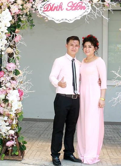 Con gái Kim Tử Long và chồng.