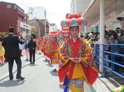 co-hoi-danh-cho-nha-lam-phim-tre-nhat-ban-tai-lien-hoan-phim-quoc-te-okinawa