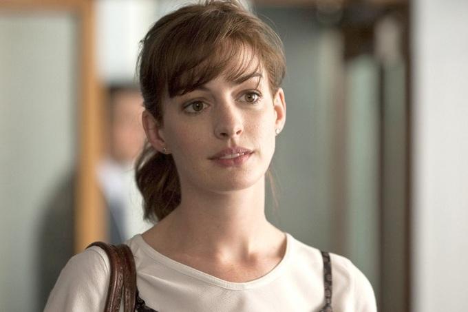 Nhan sắc Anne Hathaway trên màn ảnh qua 16 năm