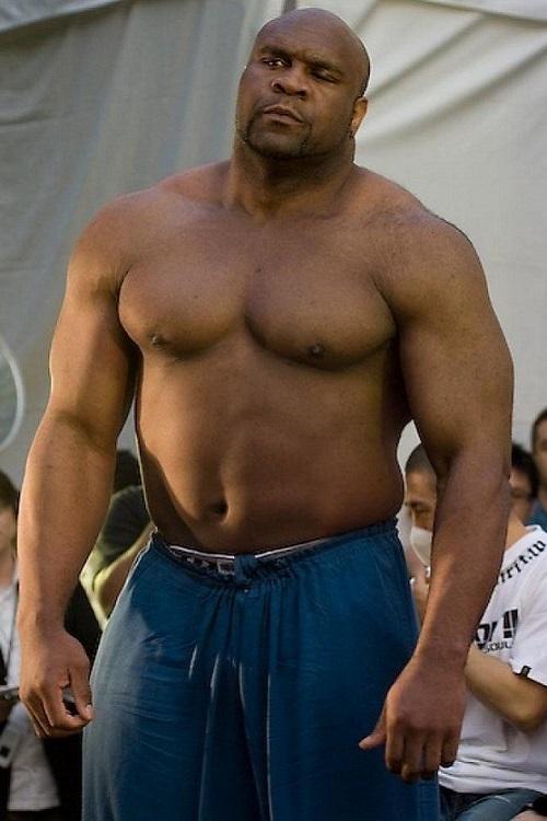 10 diễn viên đưa MMA lên màn ảnh