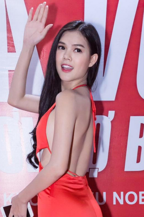 Cô gái giống Ngọc Trinh thi Hoa hậu Hoàn vũ Việt Nam