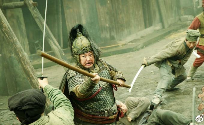 Triệu Văn Trác đấu võ với Hồng Kim Bảo