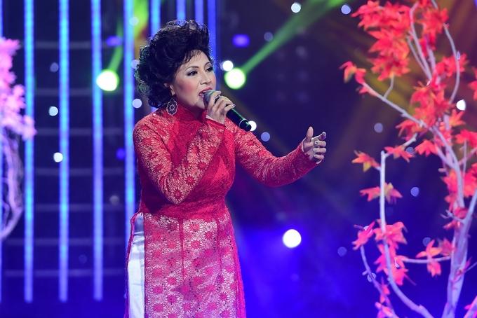 Hoài Linh phản bác Mỹ Linh về quan điểm âm nhạc