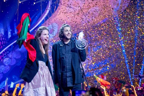 chang-trai-bo-dao-nha-chien-thang-eurovision-2017-1