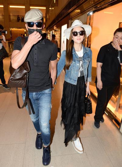 Quách Phú Thành tiết lộ trên trang On anh cùng Phương Viên đi mua quà cho Ngày của mẹ (14/5).