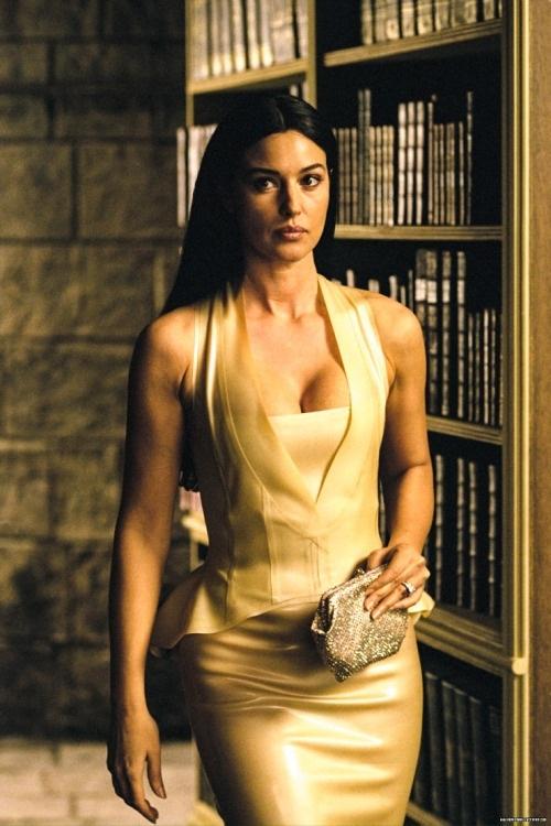 Nhan sắc 'quả bom sex' Monica Bellucci trên màn ảnh