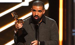Drake phá vỡ kỷ lục của Adele tại Billboard
