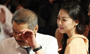 Minh tinh 'Cô hầu gái' hạnh phúc bên người tình hơn 22 tuổi