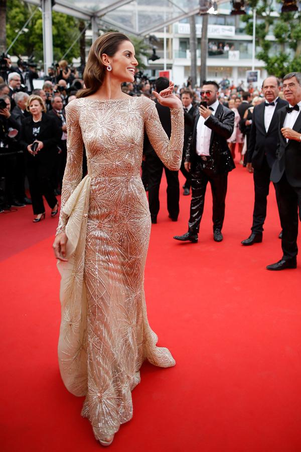 Mỹ nhân Diane Kruger mặc xuyên thấu ở Cannes
