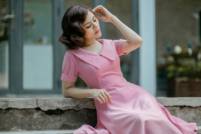 Vân Trang làm mẫu ảnh sau tám tháng sinh con