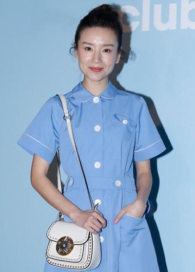 Từng là diễn viên sáng giá của làng phim song, được mệnh danh là ngọc nữ bởi vẻ đẹp thanh khiết, đời tư sạch song năm 2012, Đổng Khiết