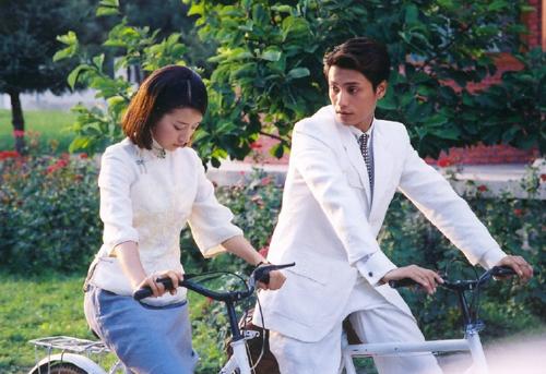 sao-kim-phan-the-gia-sau-14-nam-nguoi-qua-doi-ke-lam-me-don-than-2