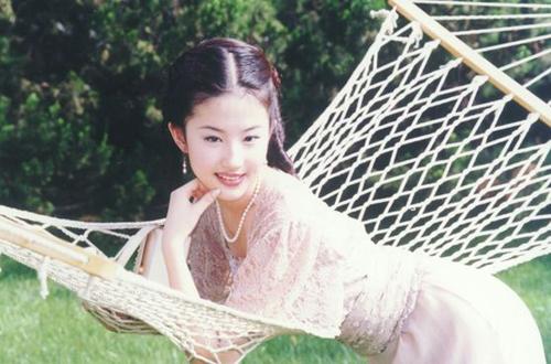 sao-kim-phan-the-gia-sau-14-nam-nguoi-qua-doi-ke-lam-me-don-than-4