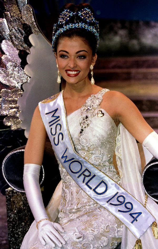 <p> Sau khi chiến thắng cuộc thi người mẫu quốc tế và ghi dấu ấn trong một quảng cáo nước ngọt, cô tham dự Hoa hậu Ấn Độ và trở thành Á hậu 1. Aishwarya Rai được cử đi thi Miss World 1994 và đăng quang.</p>