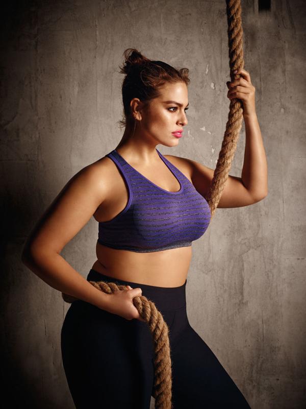 Ashley Graham - siêu mẫu biến cơ thể béo thành niềm tự hào