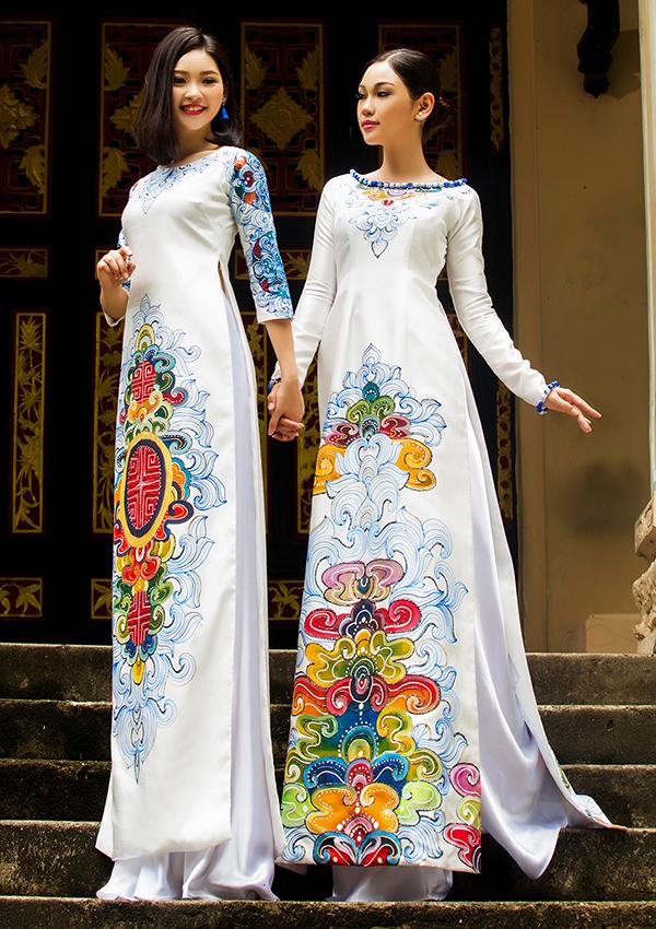 Nhan sắc hai em gái ruột của Phạm Thùy Linh