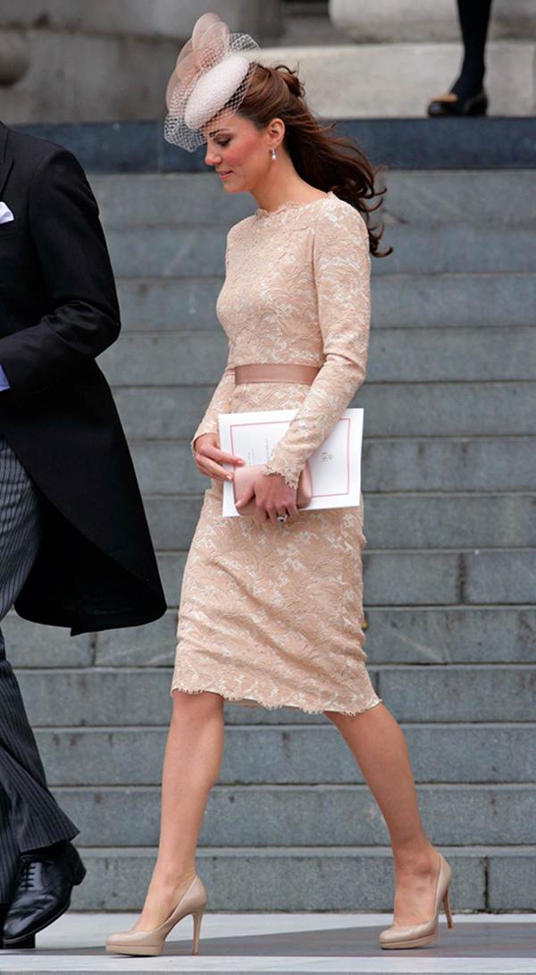 Công nương Kate Middleton - 'tín đồ' Alexander McQueen