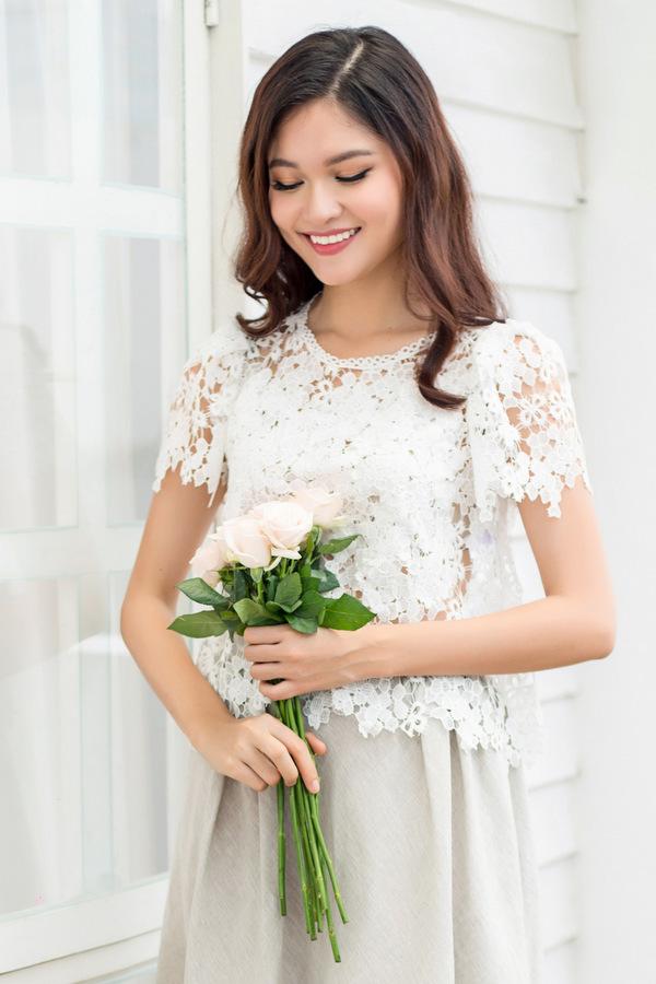 Á hậu Thùy Dung gợi ý váy màu sắc mùa hè