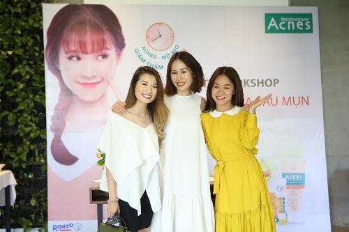 blogger-lam-dep-huong-dan-phai-dep-cham-soc-da-sau-mun-1