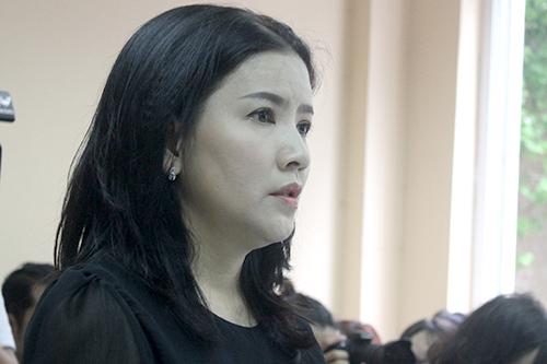 Diễn viên Ngọc Trinh tại buổi xét xử sáng 22/6.