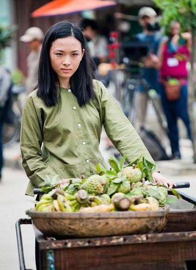 phuong-nga-hoa-hau-thong-thao-3-ngoai-ngu-9