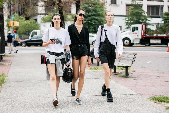 Shorts denim - món đồ hè phối chục kiểu không chán