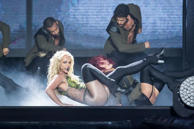 Britney-Spears-Bangkok-2306201-7415-8300