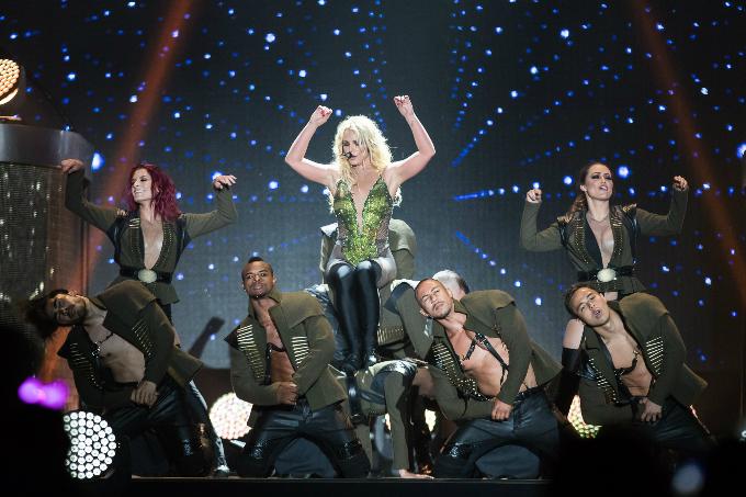 Britney-Spears-Bangkok-2306201-9750-5943