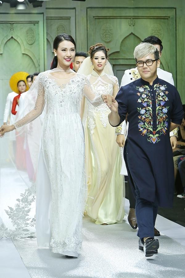 Á hậu Hoàng Oanh mặc áo dài cưới làm vedette