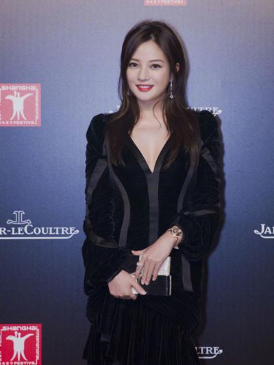 Người đẹp 41 tuổi diện thiết kế của Alexander McQueen dự sự kiện gần đây.