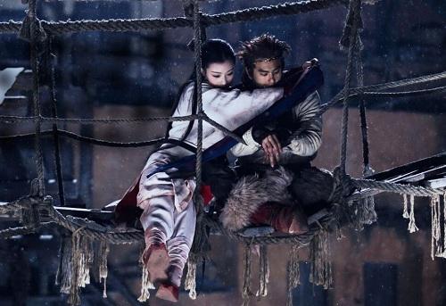 ngo-khong-banh-vu-yen-noi-loan-va-biet-yeu-trong-phim-moi-1