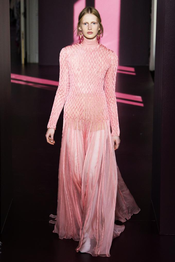 13 bộ váy xa xỉ đẹp nhất Tuần thời trang Paris