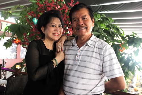 Giao Linh bên ông xã 75 tuổi ở một sự kiện. Ảnh: Mai Nhật.