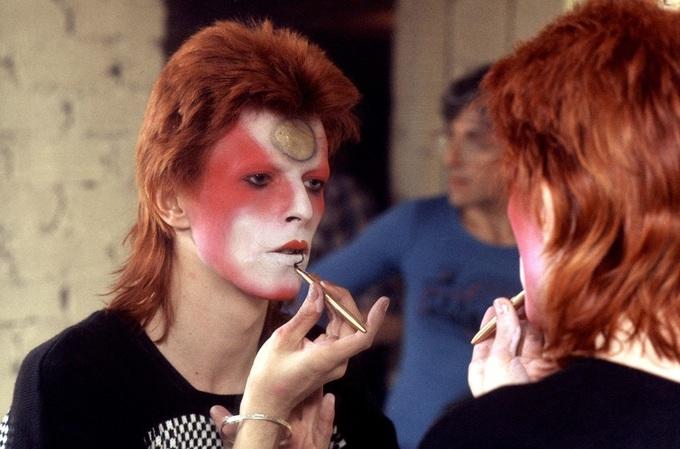 Sơn Tùng M-TP và loạt sao nam đuổi theo mốt tóc thập niên 1980