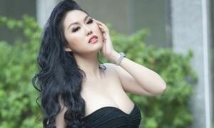 Phi Thanh Vân: 'Tôi nén đau đớn khi đại phẫu cơ thể lần thứ 15'